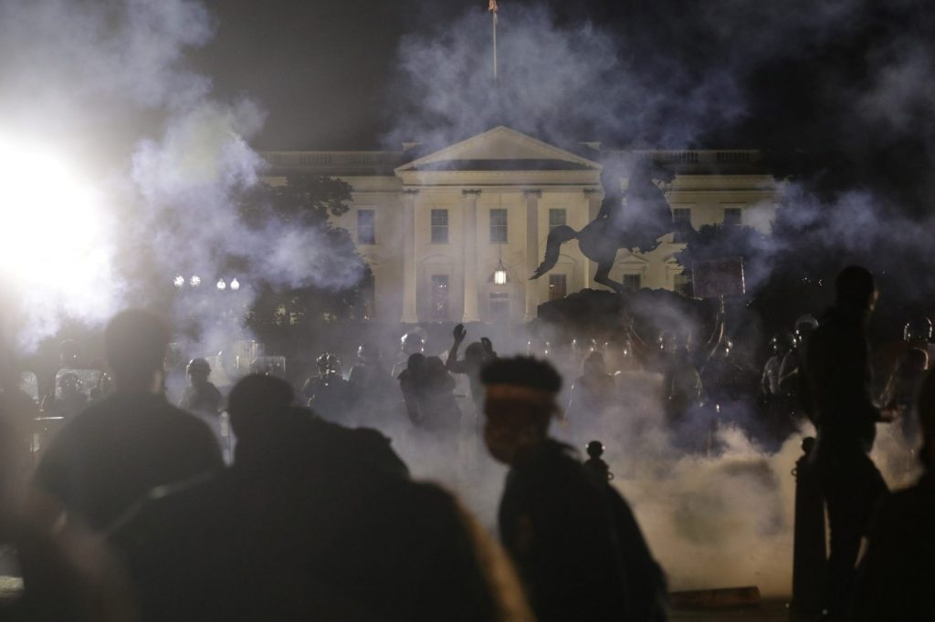 Caso Muerte George Floyd: La Casa Blanca volvió a apagar sus luces ...